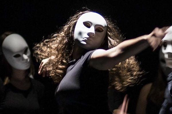 perf 600x400 - Performing Arts