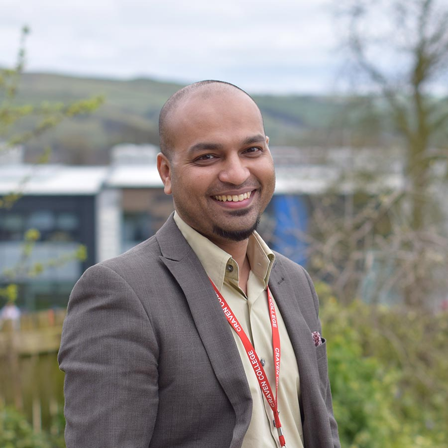 Staff Profile - Ismail Ali