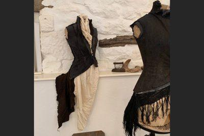SWellington3 400x267 - Ex Fashion Student Exhibits with Tutor