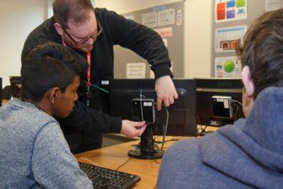 WEB Chris Wright DERIL CHELLADURAI 400x267 - Computing Students Complete IT Maintenance Review