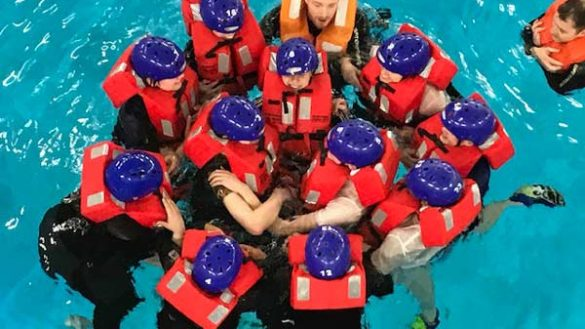web Unknown 3 585x329 - Aviation Students do Emergency Water Drills Training