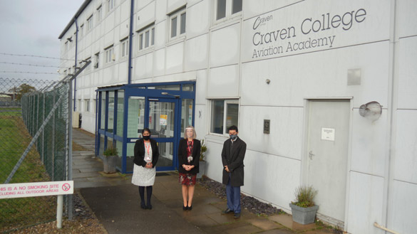Alex Sobel MP Visits The Aviation Academy in Colleges Week - 89364